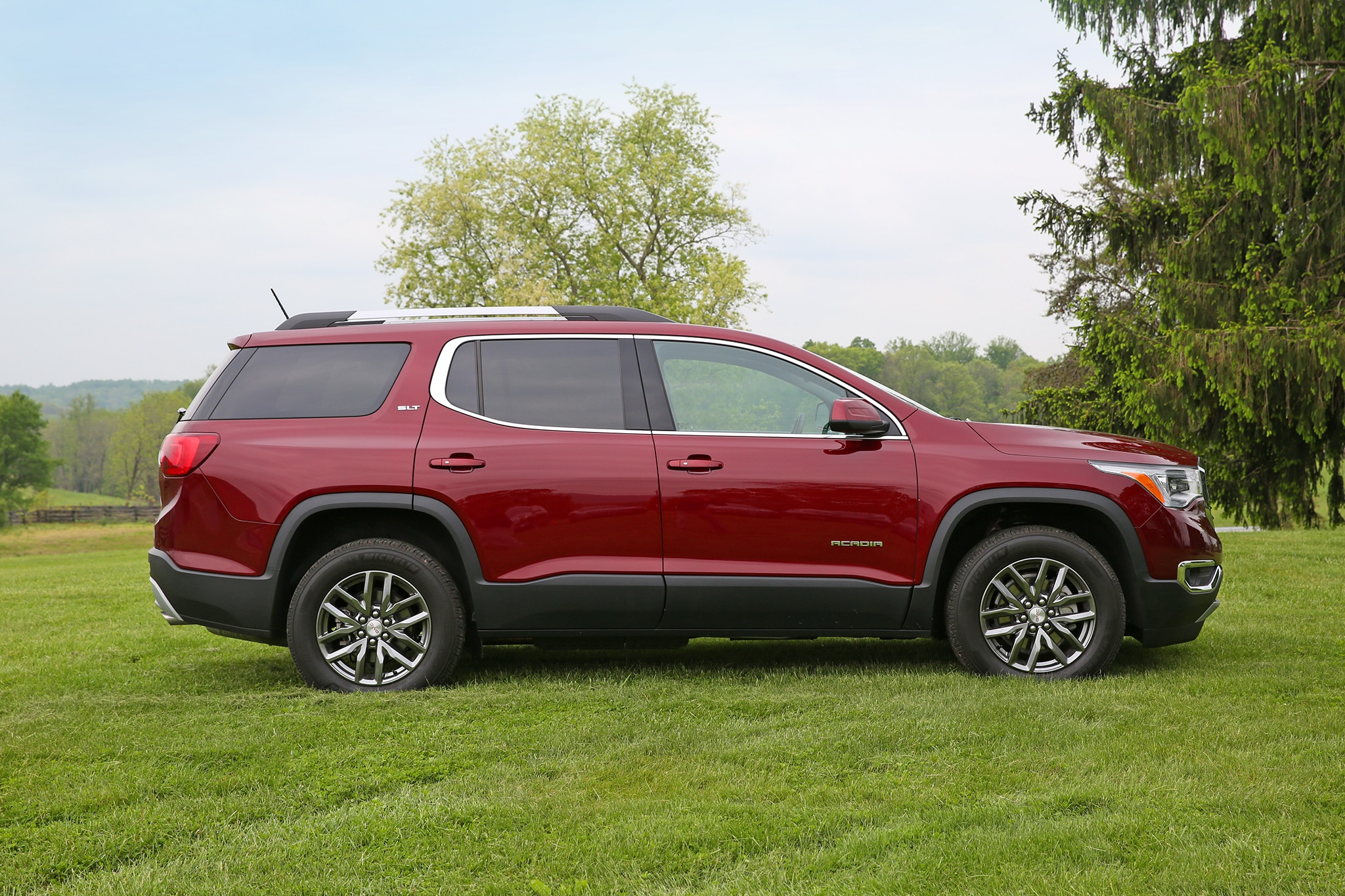 2017 gmc acadia denali awd v 6 one week review automobile magazine. Black Bedroom Furniture Sets. Home Design Ideas