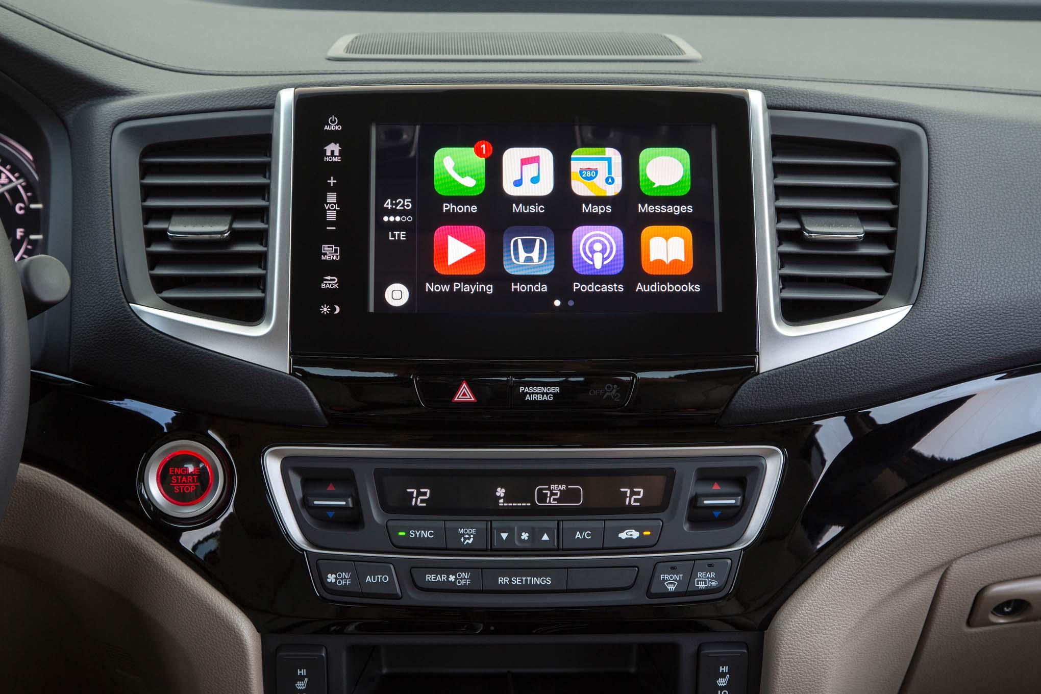 By design 2017 honda ridgeline for Honda apple play