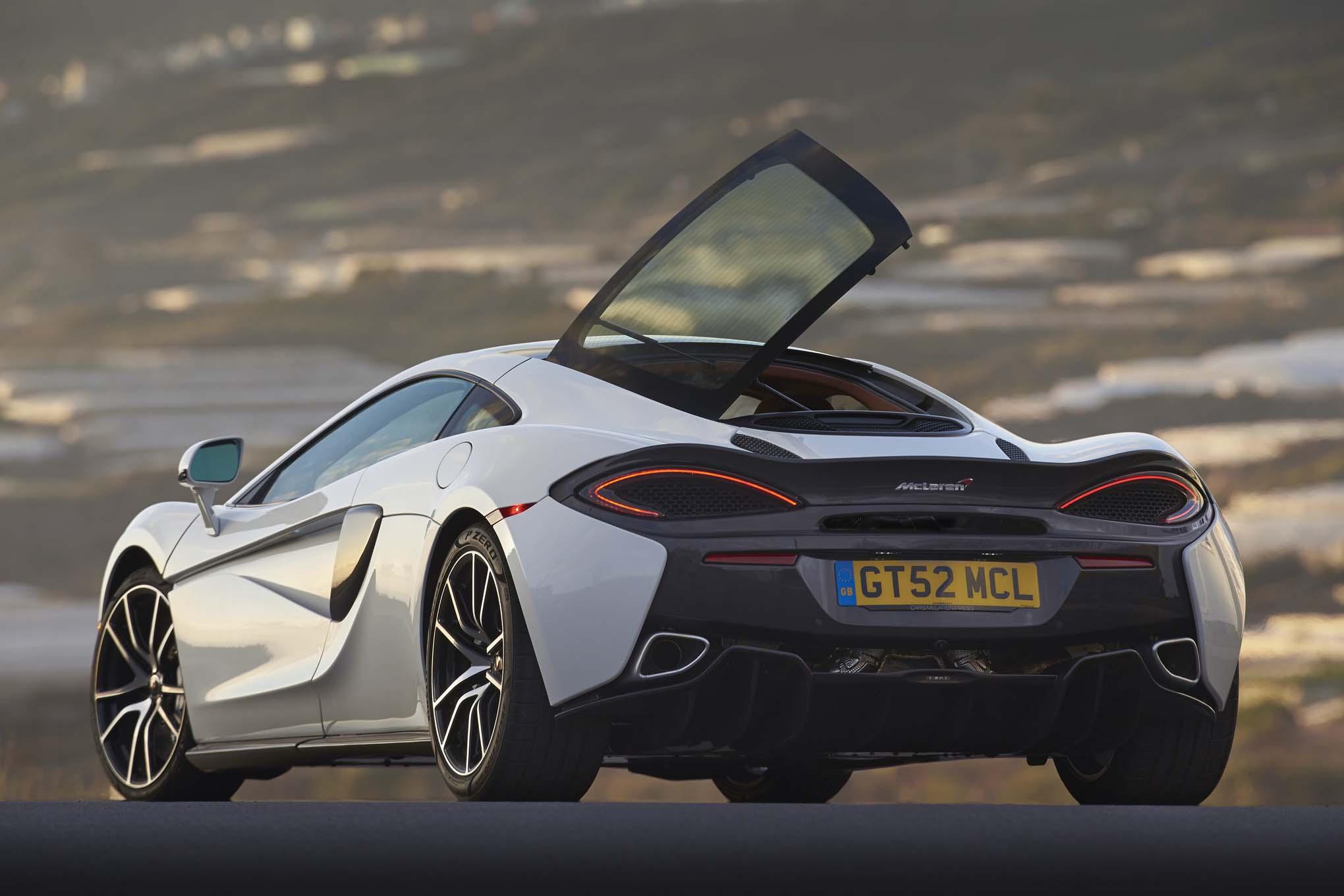 http://st.automobilemag.com/uploads/sites/11/2016/05/2017-McLaren-570GT-rear-three-quarters-03.jpg