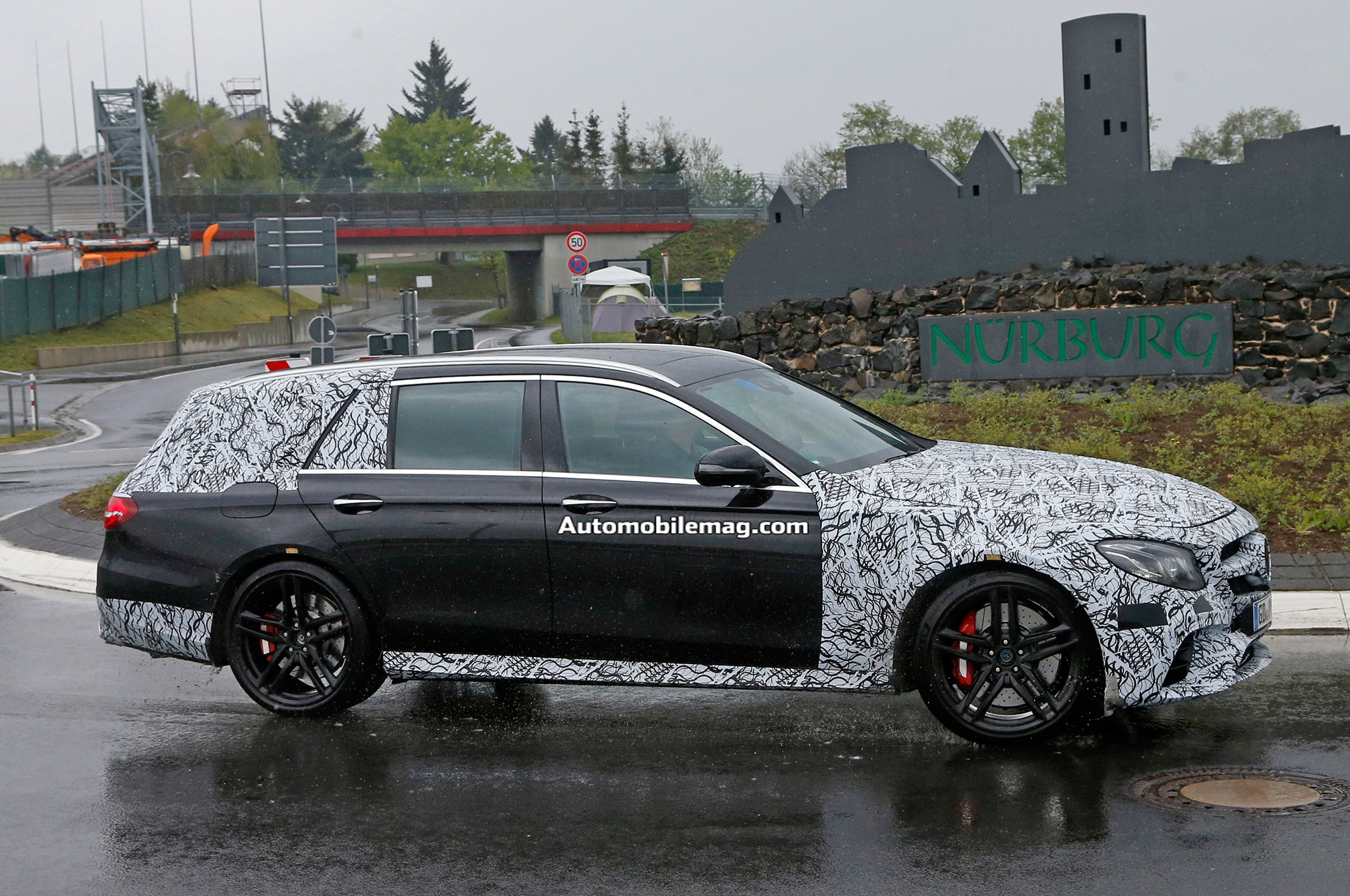 2017 mercedes amg e63 wagon caught testing at the for Mercedes benz e63 amg wagon