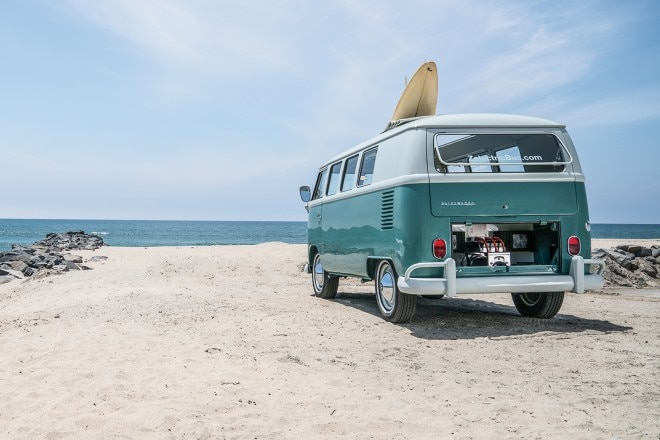 1964 Volkswagen Microbus with Zelectric conversion 01 1