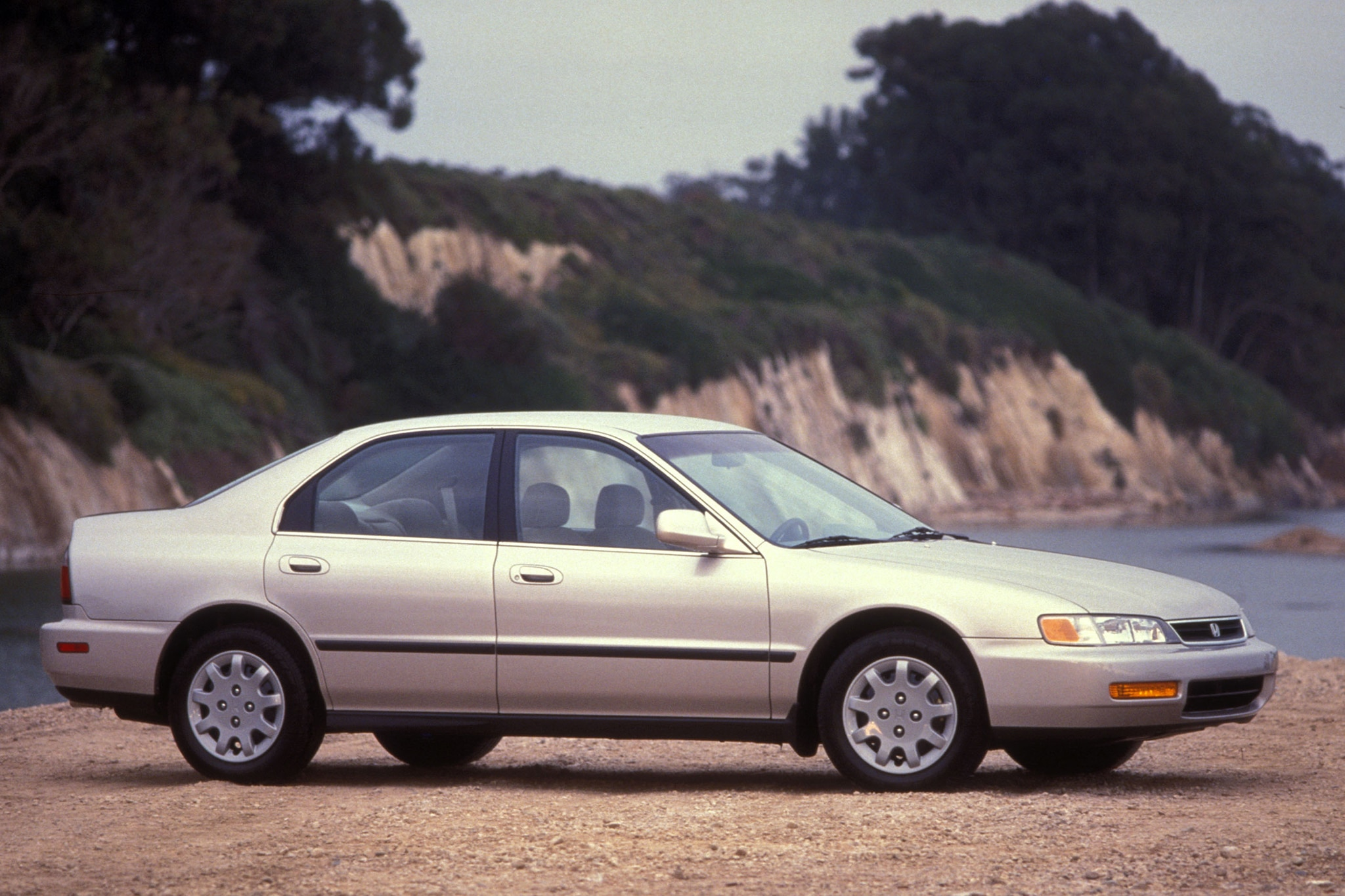 1996 honda accord 5th generation 1 automobile for Honda accord generations