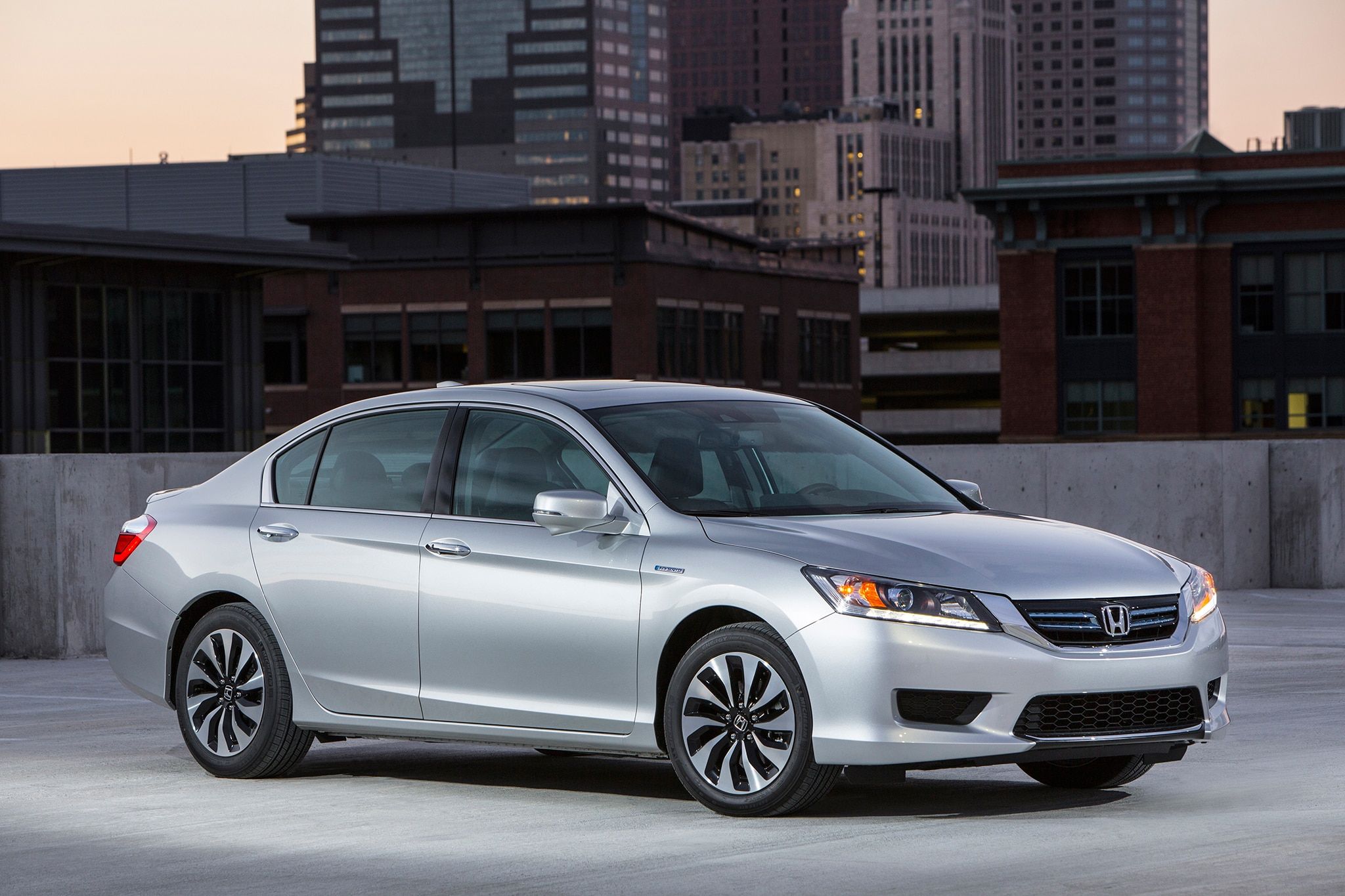 2015 honda accord hybrid 9th generation 1 automobile for Honda accord generations