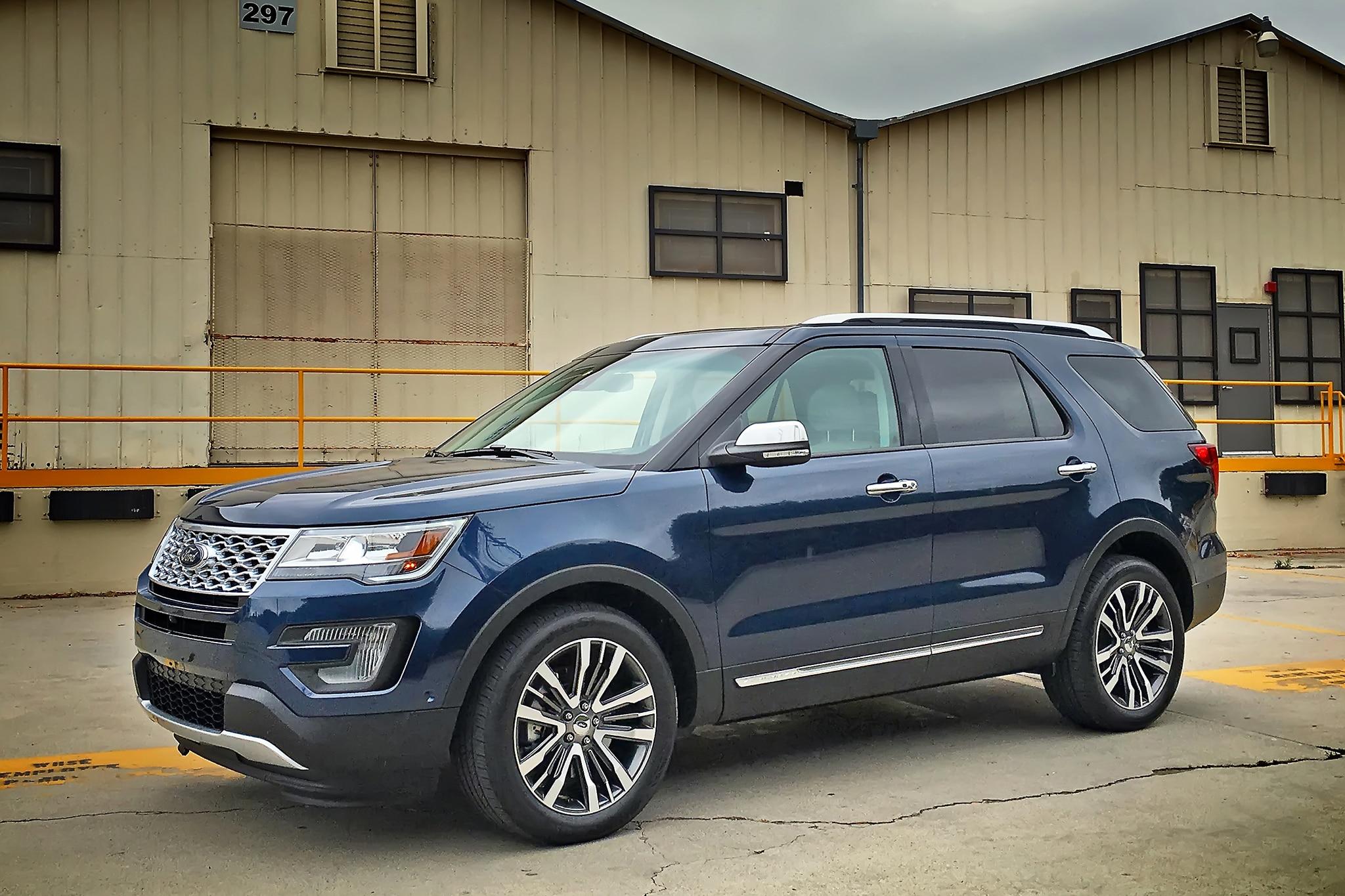 2016 ford explorer platinum front three quarter 04 automobile. Black Bedroom Furniture Sets. Home Design Ideas
