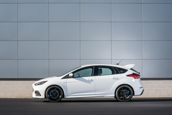 2016 Ford Focus RS side profile