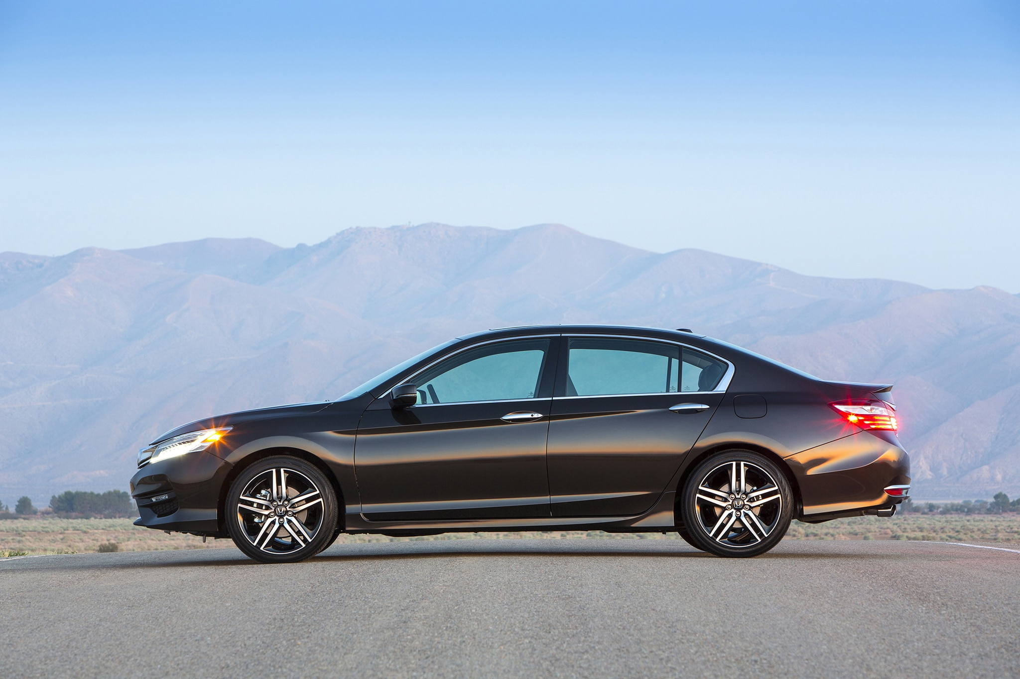 2016 honda accord 9th generation 1 automobile for Honda accord generations