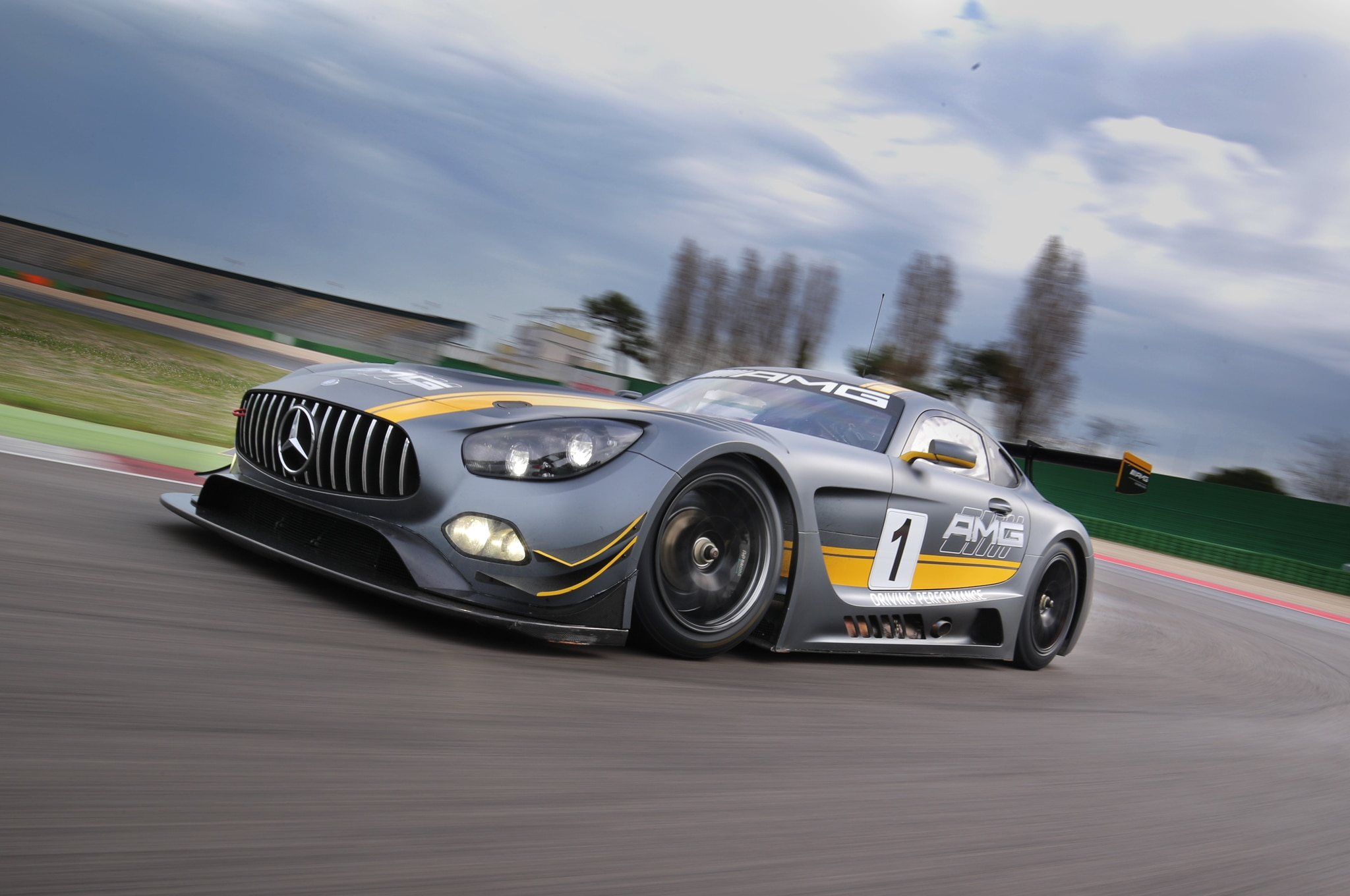 Will the mercedes amg gt convertible debut this year for Mercedes benz race