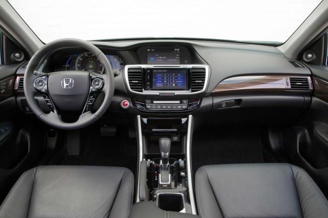 2017 Honda Accord Hybrid interior