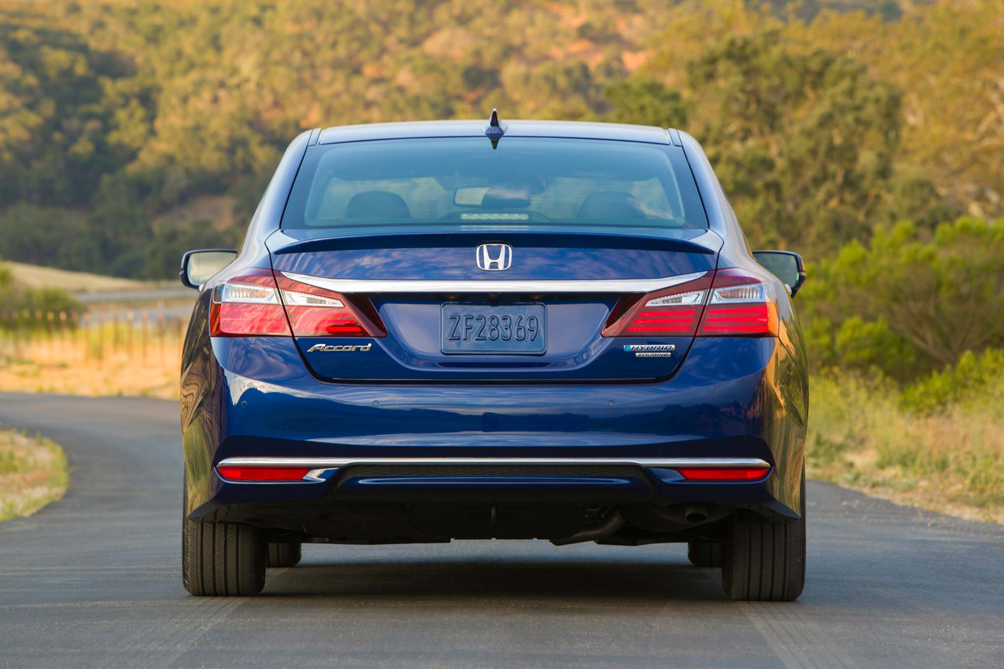 First Drive Honda Accord Hybrid Automobile Magazine - 2017 honda civic ex t invoice price