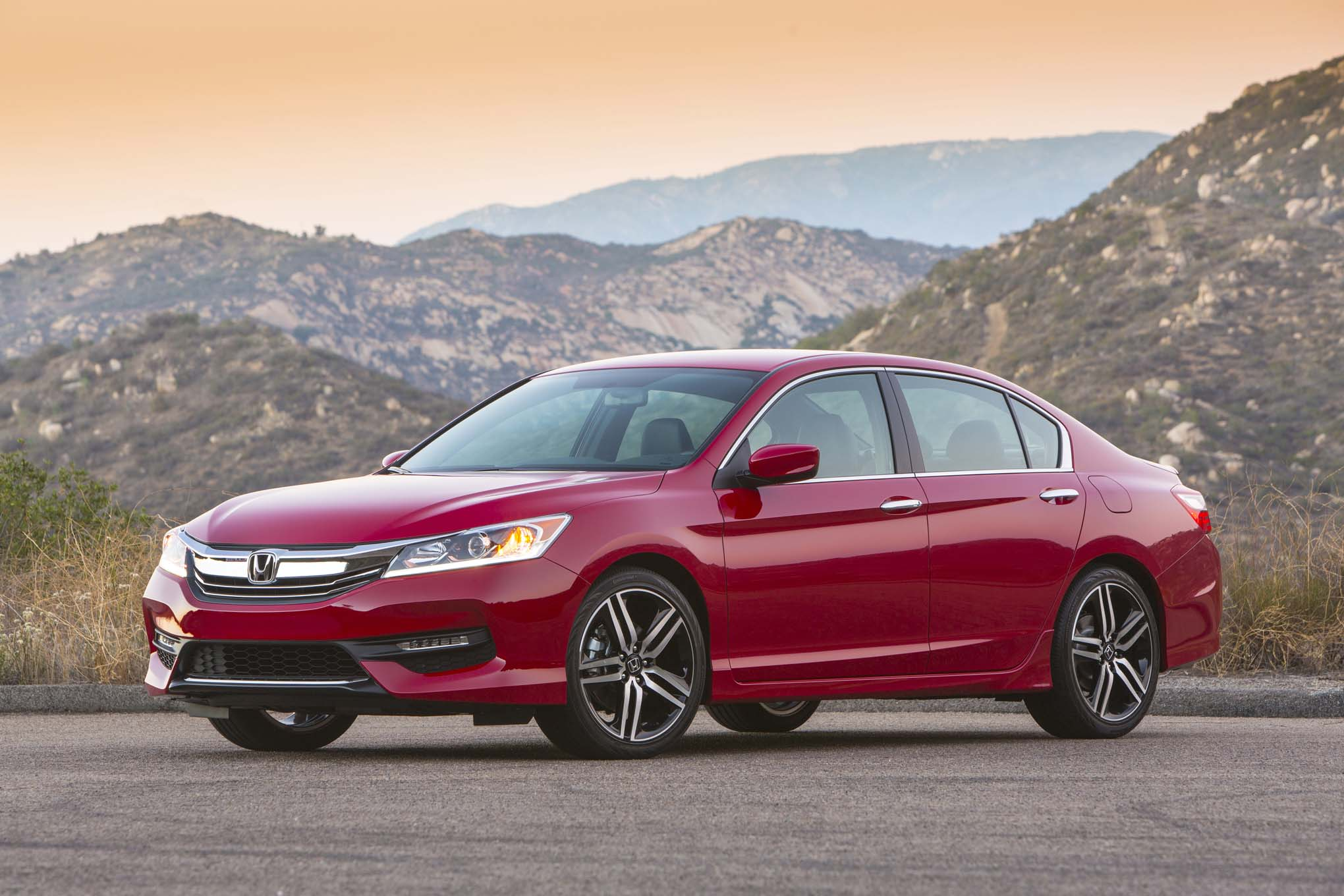 2017 Honda Accord Adds Value Driven Sport Special Edition Automobile Magazine
