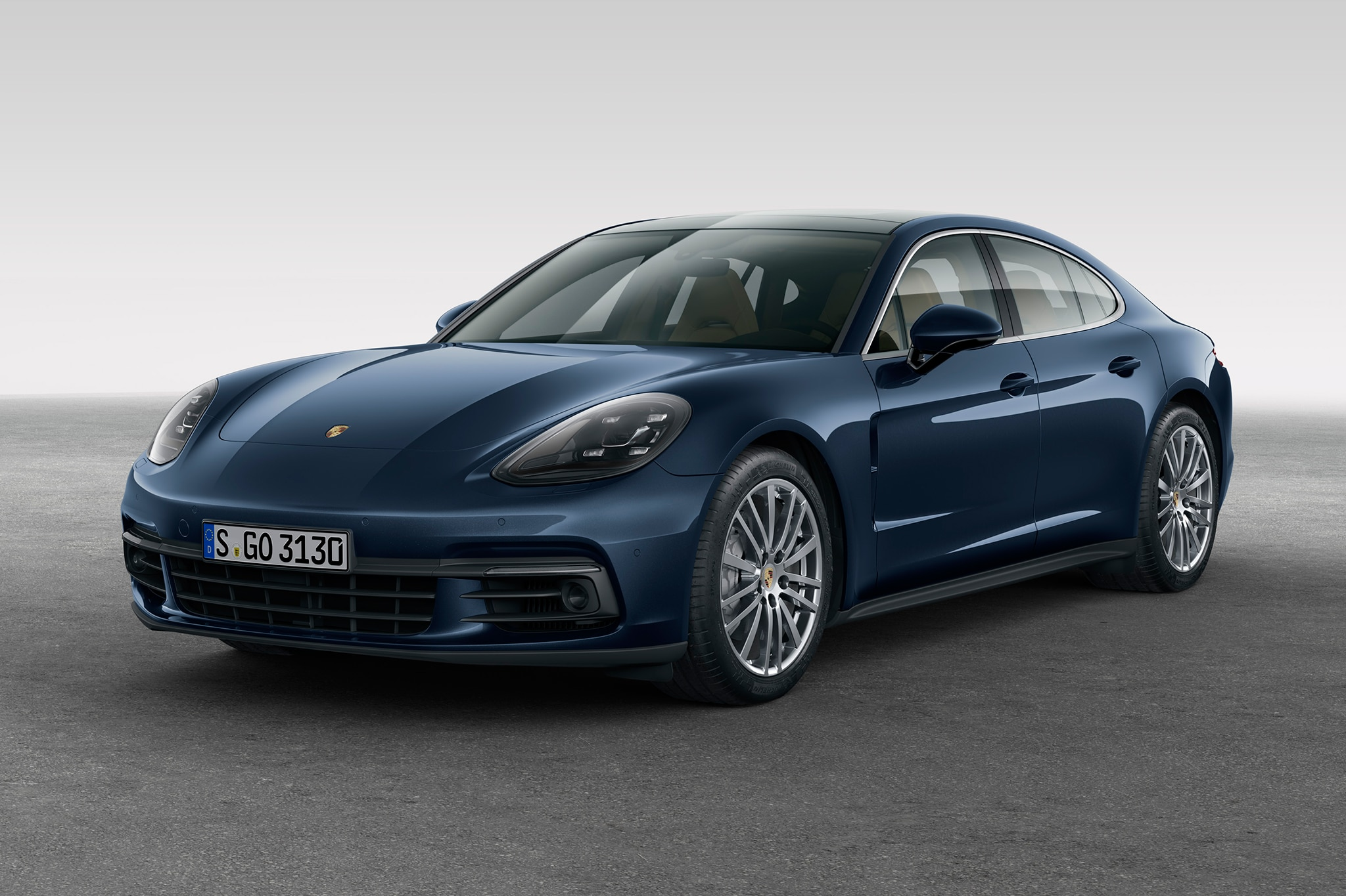 2017 porsche panamera six things you need to know. Black Bedroom Furniture Sets. Home Design Ideas