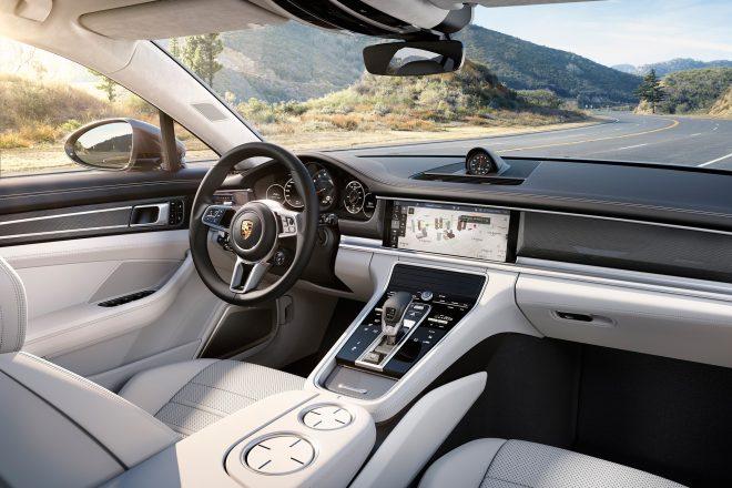 2017 Porsche Panamera Turbo cabin