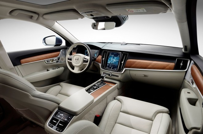 2017 Volvo S90 interior view 03
