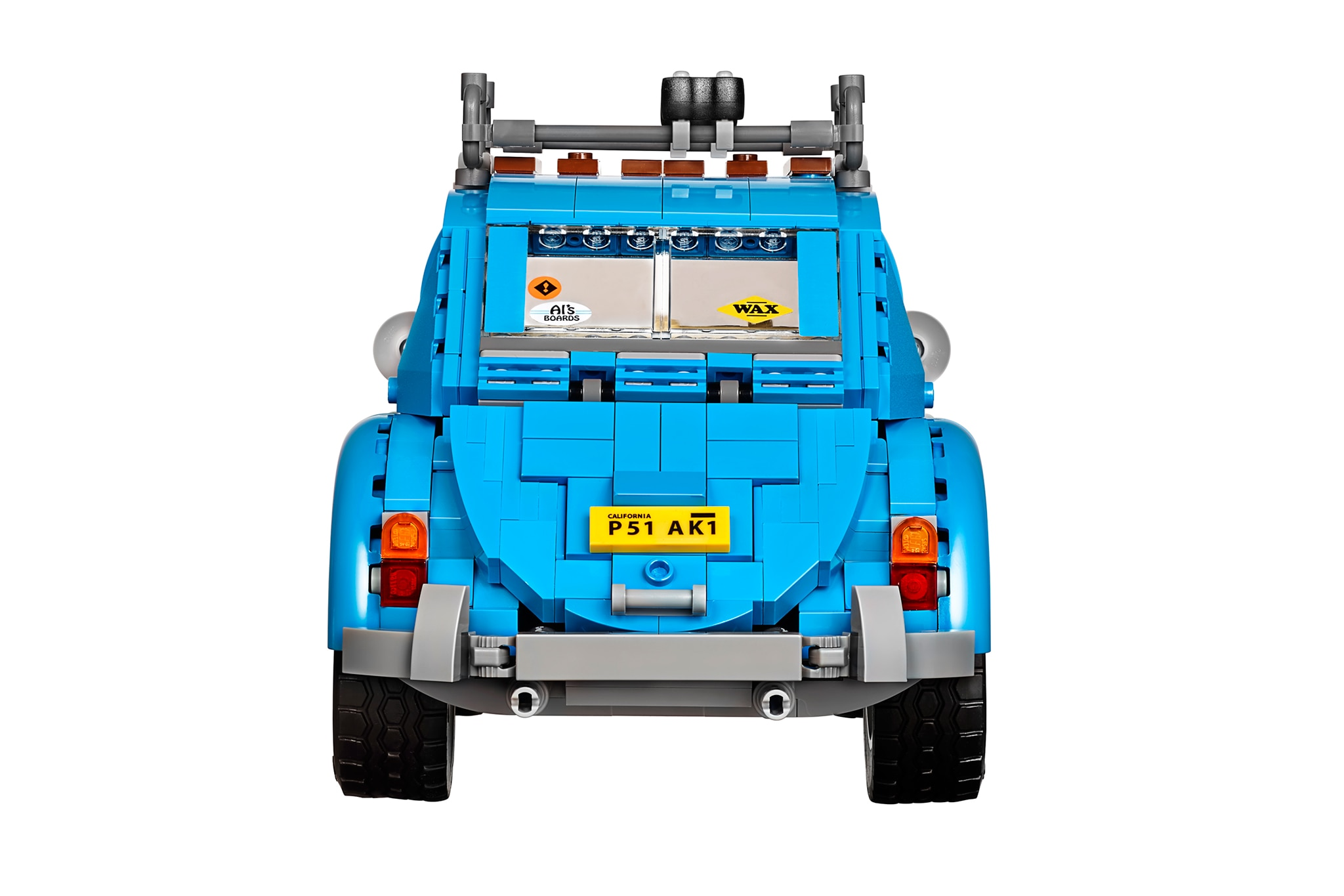 lego s new volkswagen beetle set will appeal to your inner. Black Bedroom Furniture Sets. Home Design Ideas