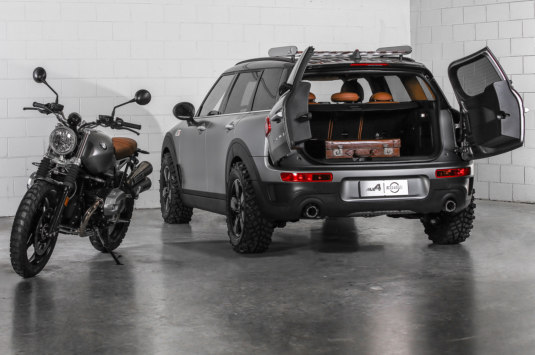 Mini Clubman ALL4 Scrambler concept rear view with bike