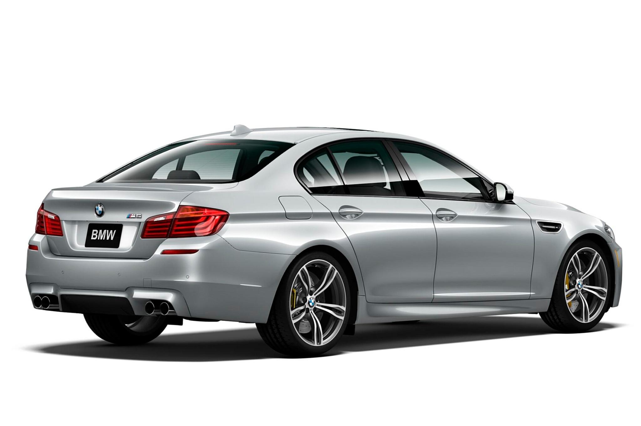 2016 BMW M5 Pure Metal Silver Limited Edition rear three quarter