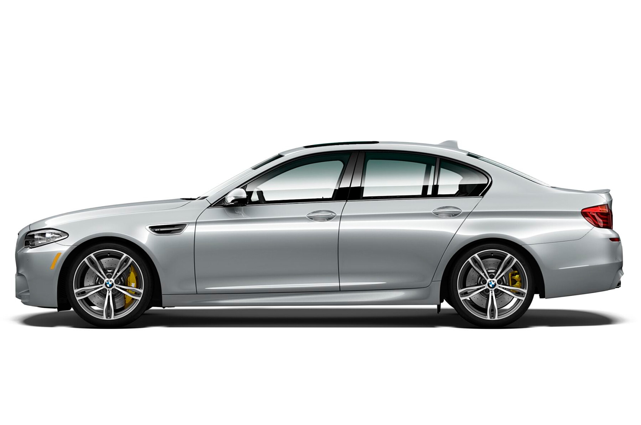 2016 BMW M5 Pure Metal Silver Limited Edition side profile