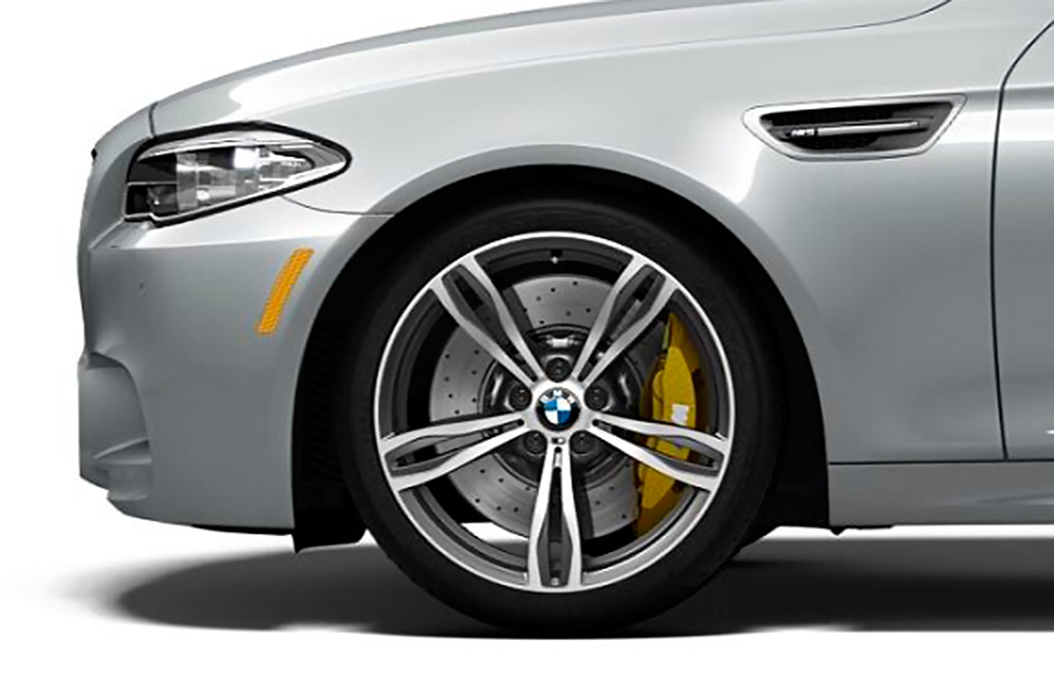 2016 BMW M5 Pure Metal Silver Limited Edition wheels