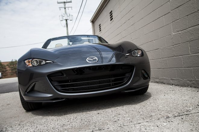 2016 Mazda MX 5 Miata Grand Touring front end 02