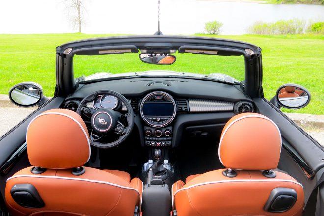 2016 Mini Cooper S convertible cabin 04