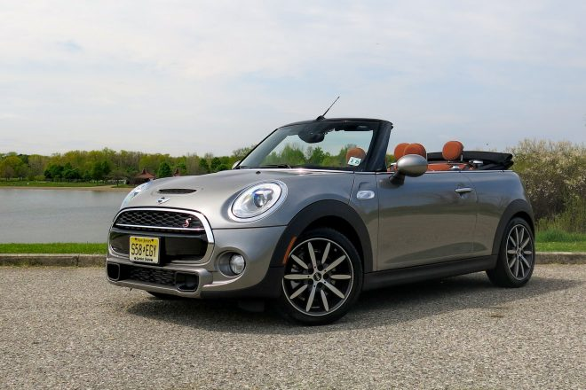 2016 Mini Cooper S convertible front three quarter 02