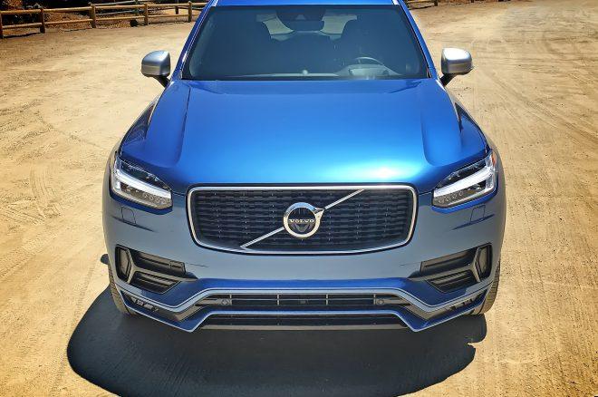 2016 Volvo XC90 R Design front
