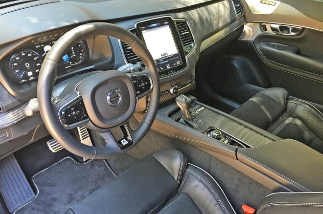 2016 Volvo XC90 R Design interior