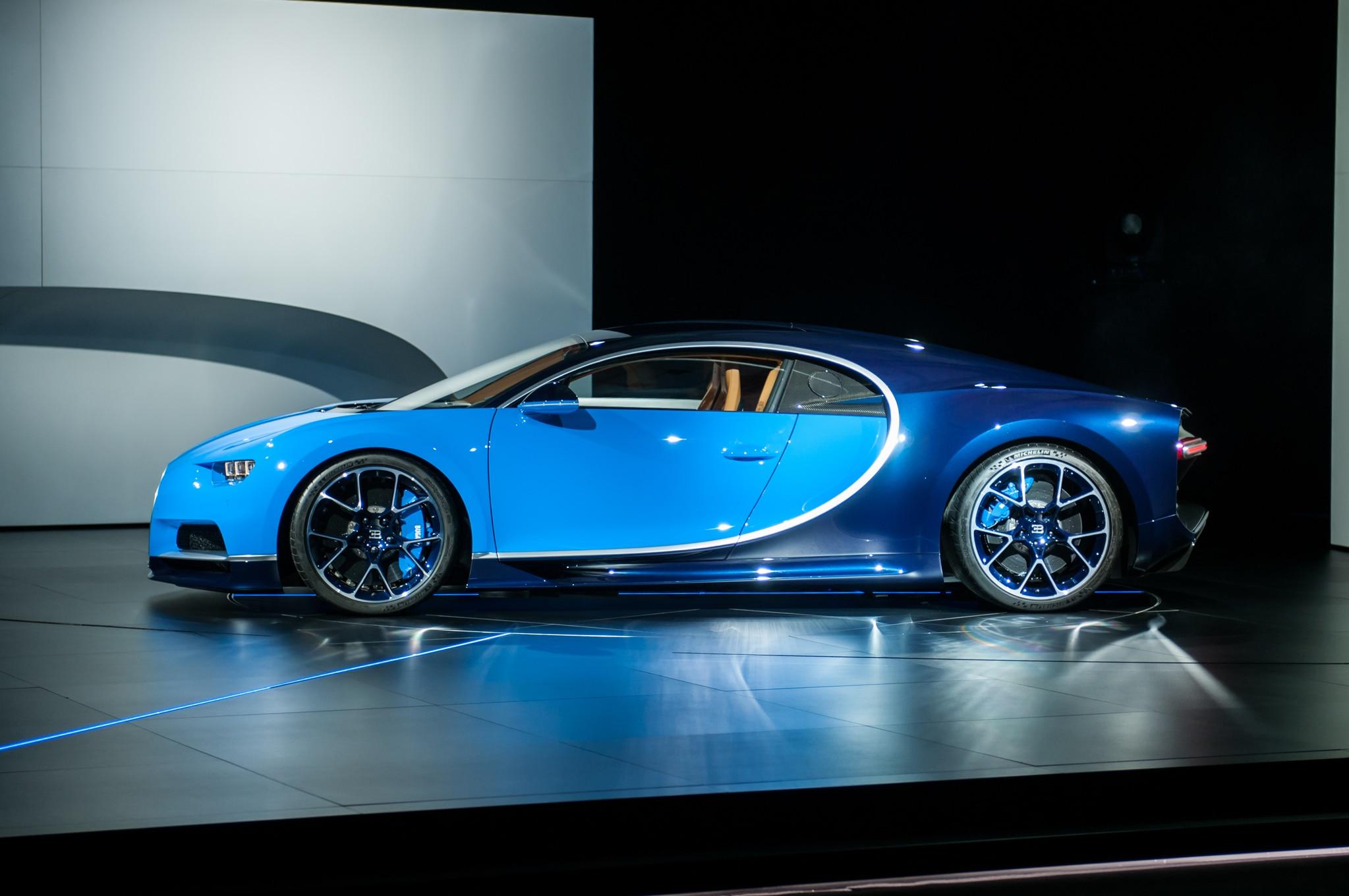 2017-Bugatti-Chiron-rear-three-quarter-2 Cozy Bugatti Veyron and Chiron Difference Cars Trend