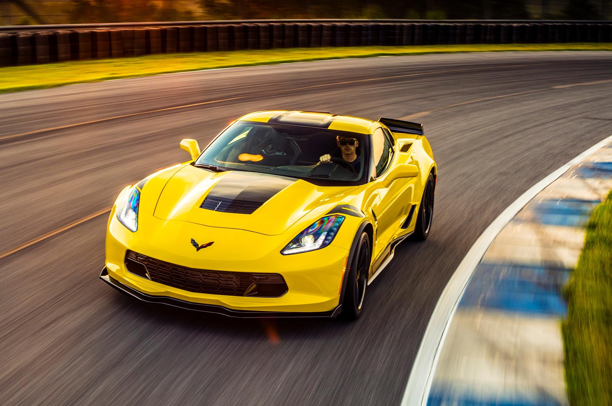 first drive 2017 chevrolet corvette grand sport manual automobile magazine. Black Bedroom Furniture Sets. Home Design Ideas