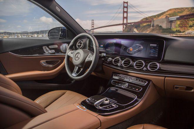 2017 Mercedes Benz E300 4Matic cabin 01