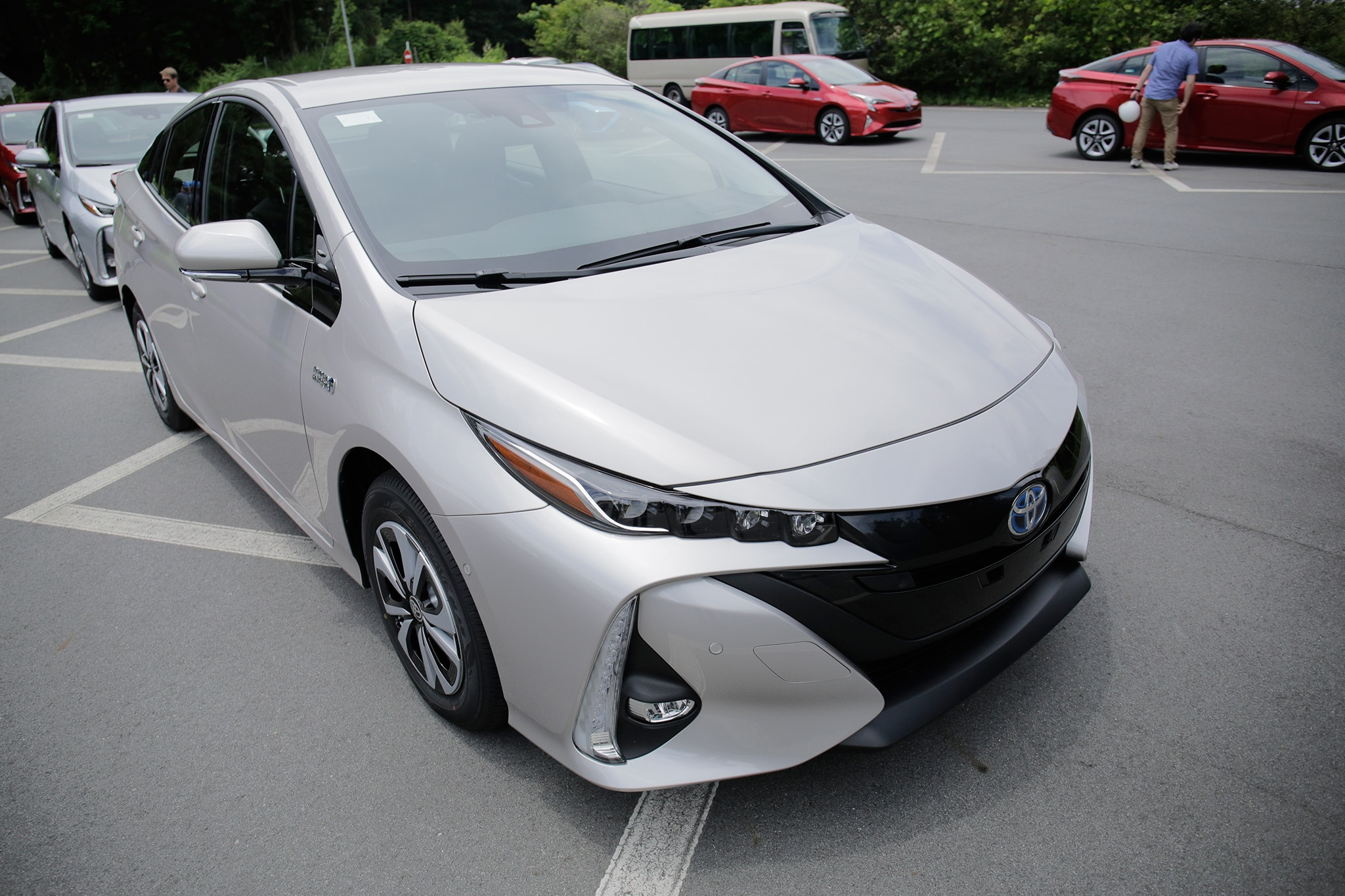 2017 toyota prius prime first drive. Black Bedroom Furniture Sets. Home Design Ideas