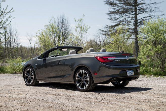 2016 Buick Cascada rear three quarter 01