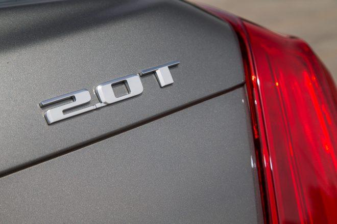 2016 Cadillac CT6 2 0T badge 03