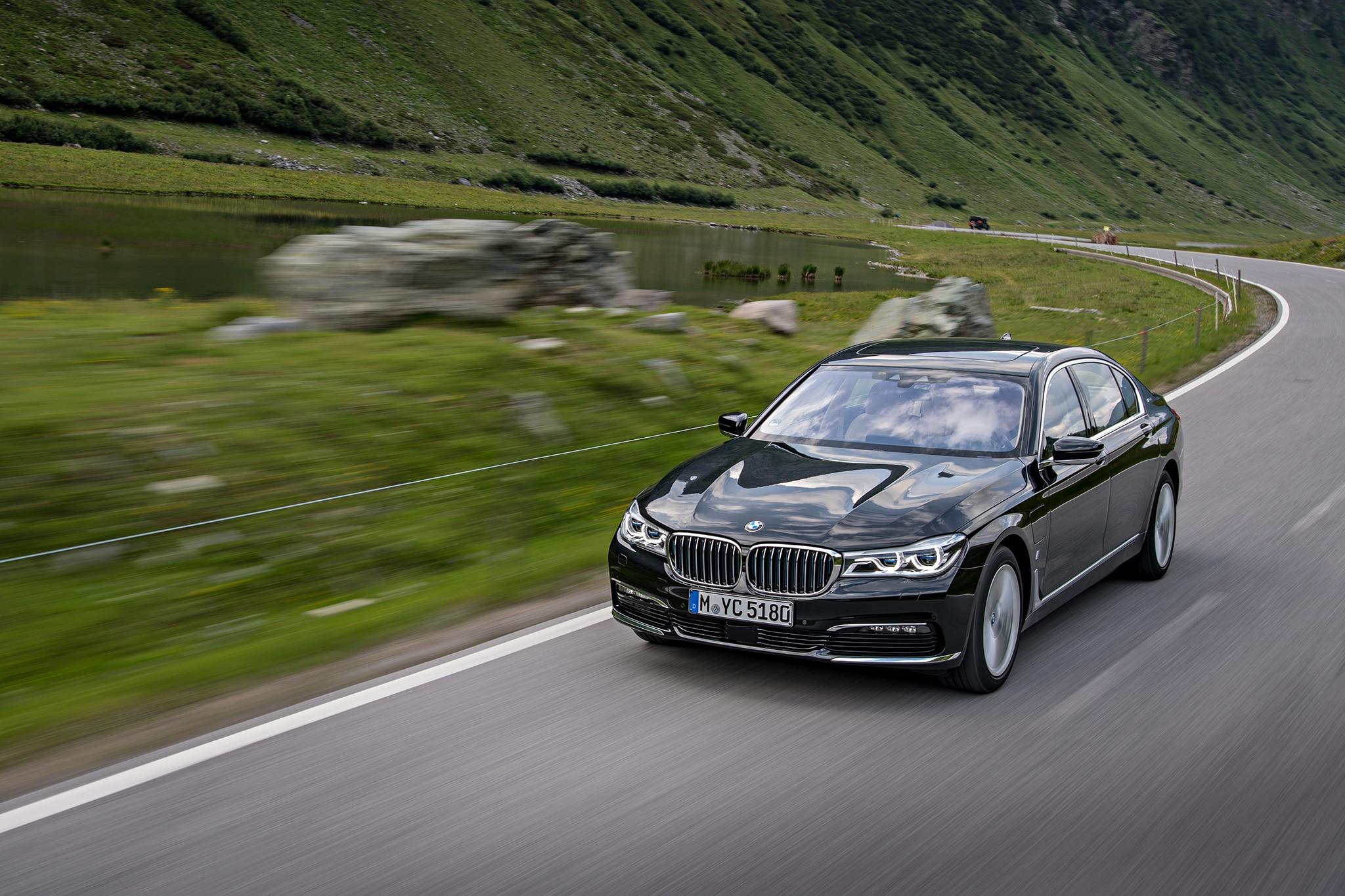 2017 BMW 740e XDrive IPerformance Heads To Dealerships 20 Advertisement Skip 1