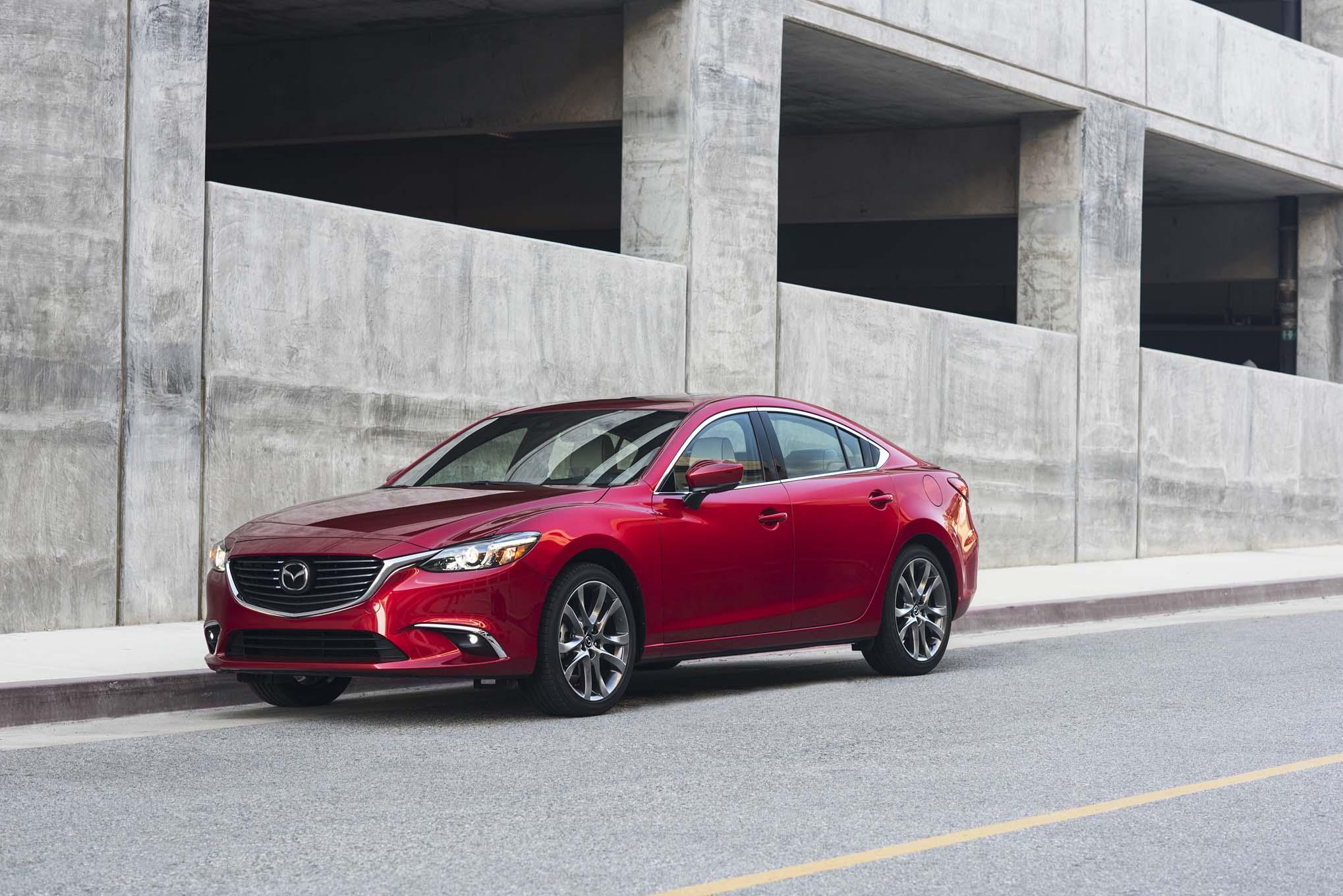 2017 Mazda6 Front Three Quarter 05 1