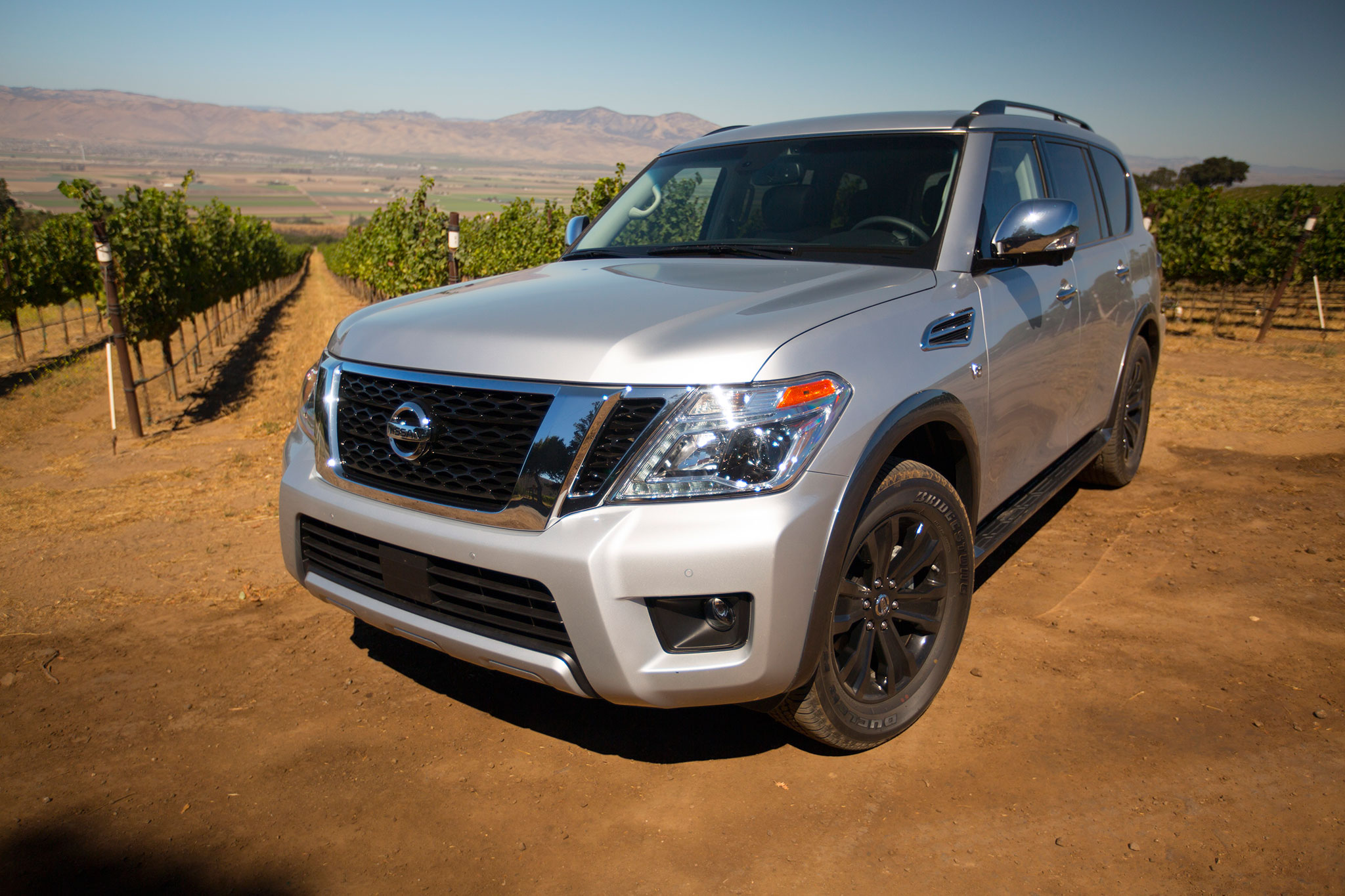2017 nissan armada first drive automobile magazine. Black Bedroom Furniture Sets. Home Design Ideas