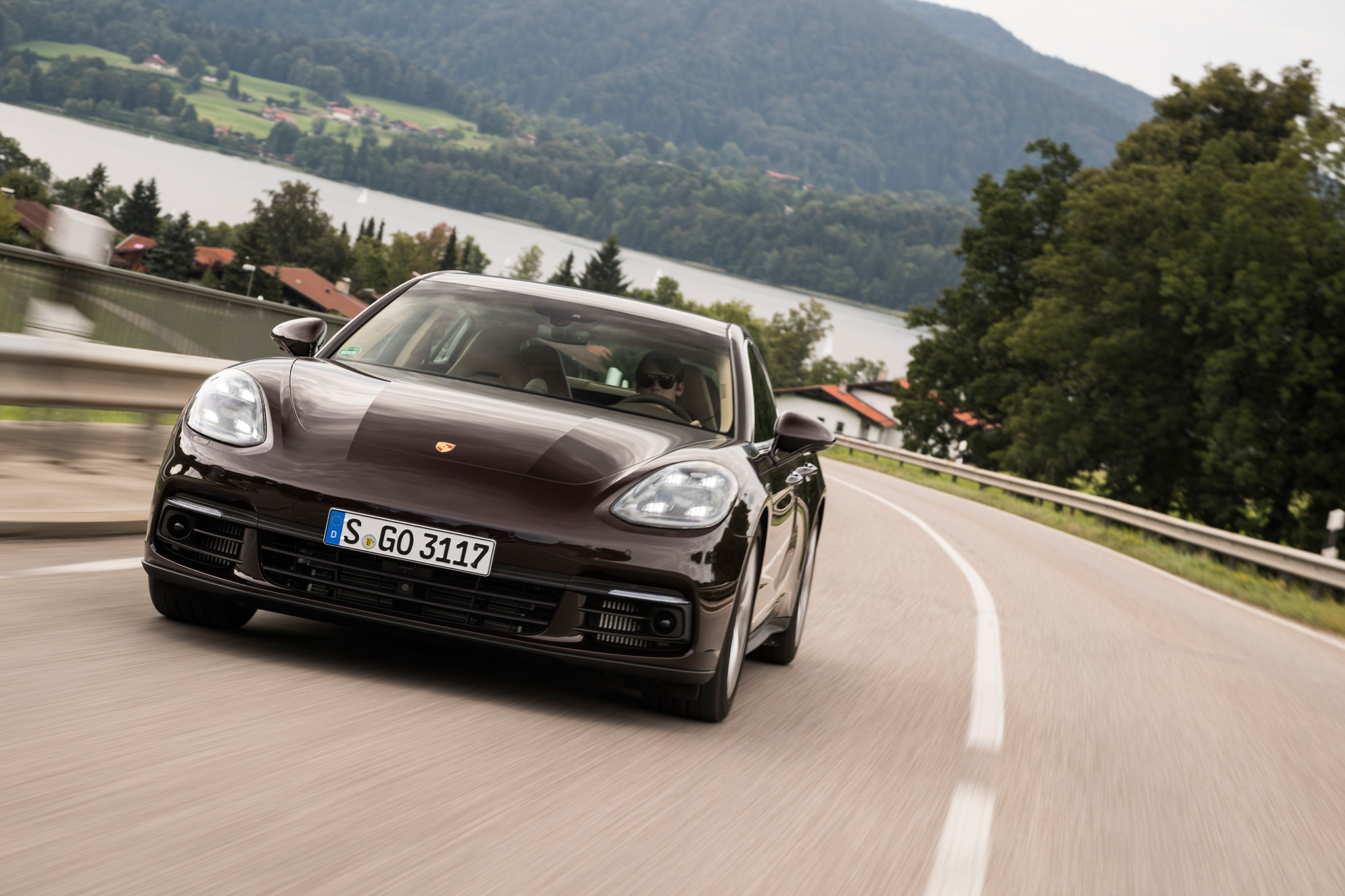 2017 porsche panamera 4s first drive review automobile magazine. Black Bedroom Furniture Sets. Home Design Ideas
