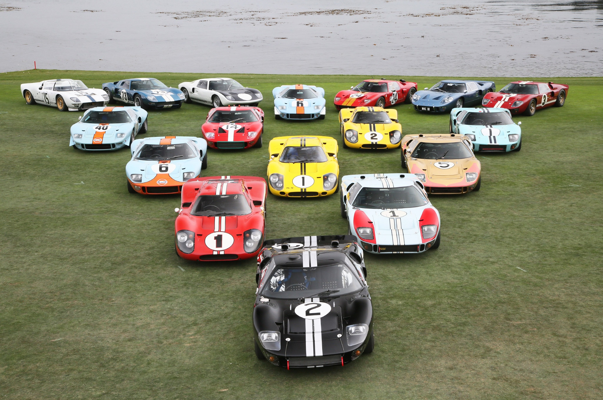 Ford GT40 2016 Pebble Beach Conours Group Photo