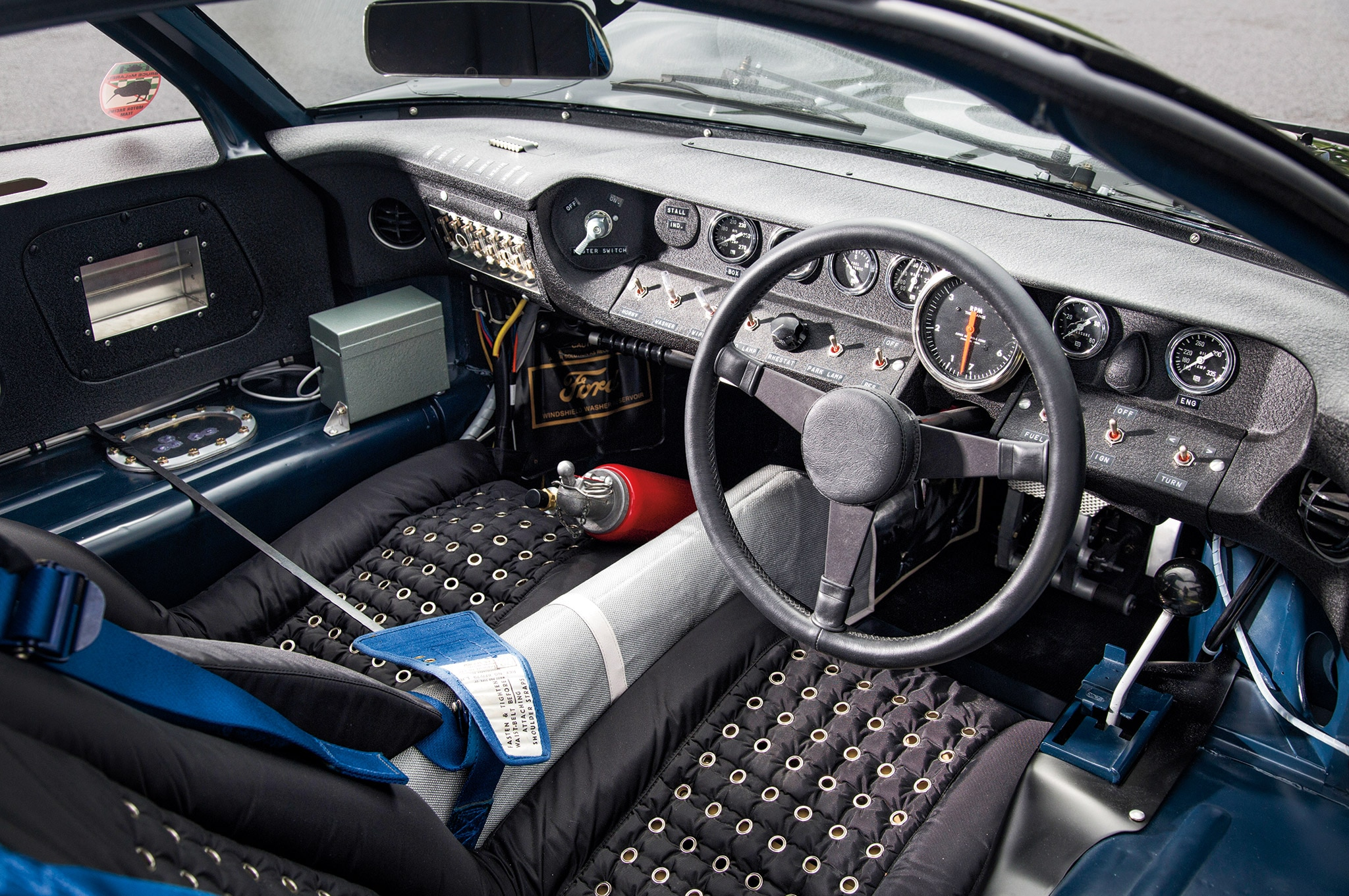 ford gt40 chassis 1046 interior - 1966 Ford Gt40 Interior