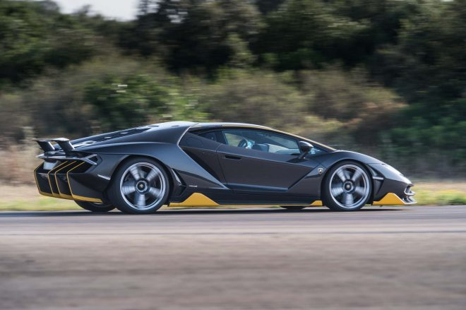 Lamborghini Centenario LP 770 4 side in motion 08