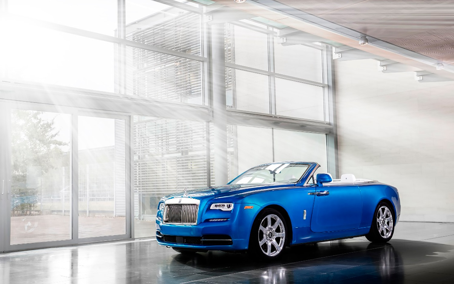 Rolls Royce Dawn Bespoke For Michael Fux Front Three Quarter