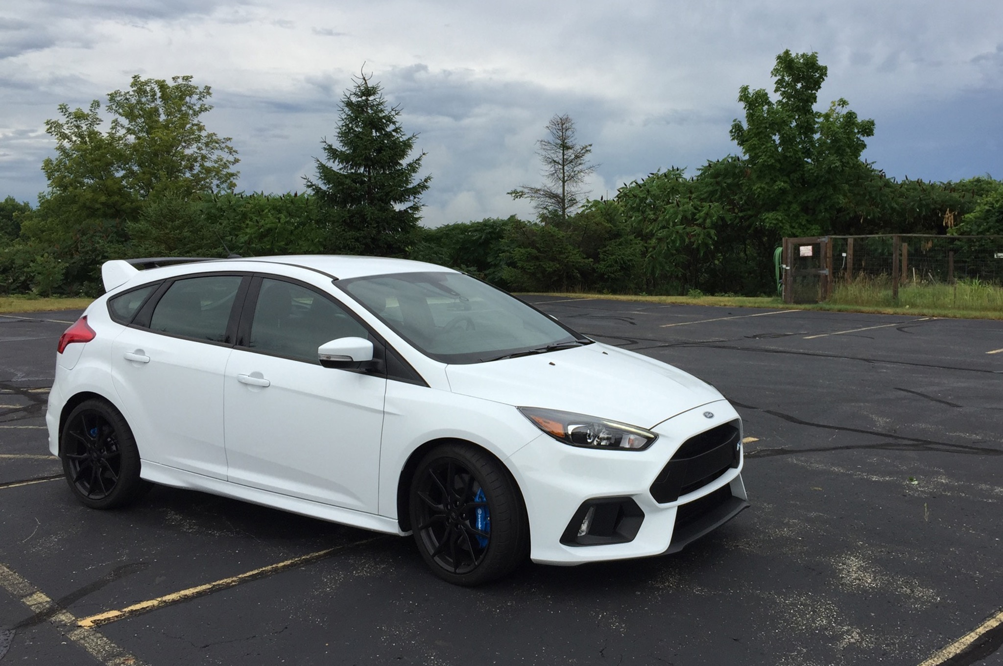 2016 ford focus rs pricing for sale edmunds autos post. Black Bedroom Furniture Sets. Home Design Ideas