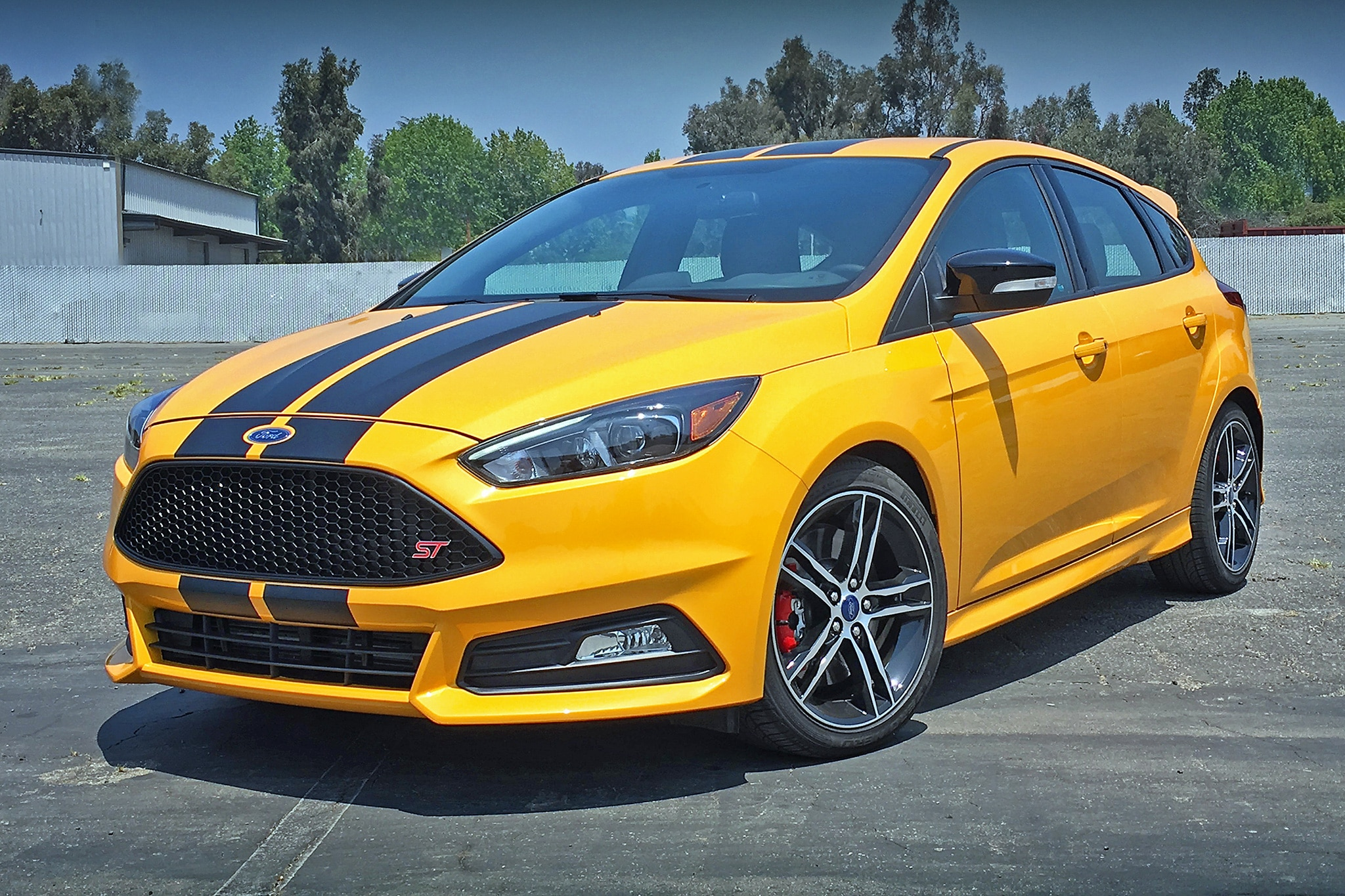 2016 ford focus st one week review and roadtest. Black Bedroom Furniture Sets. Home Design Ideas
