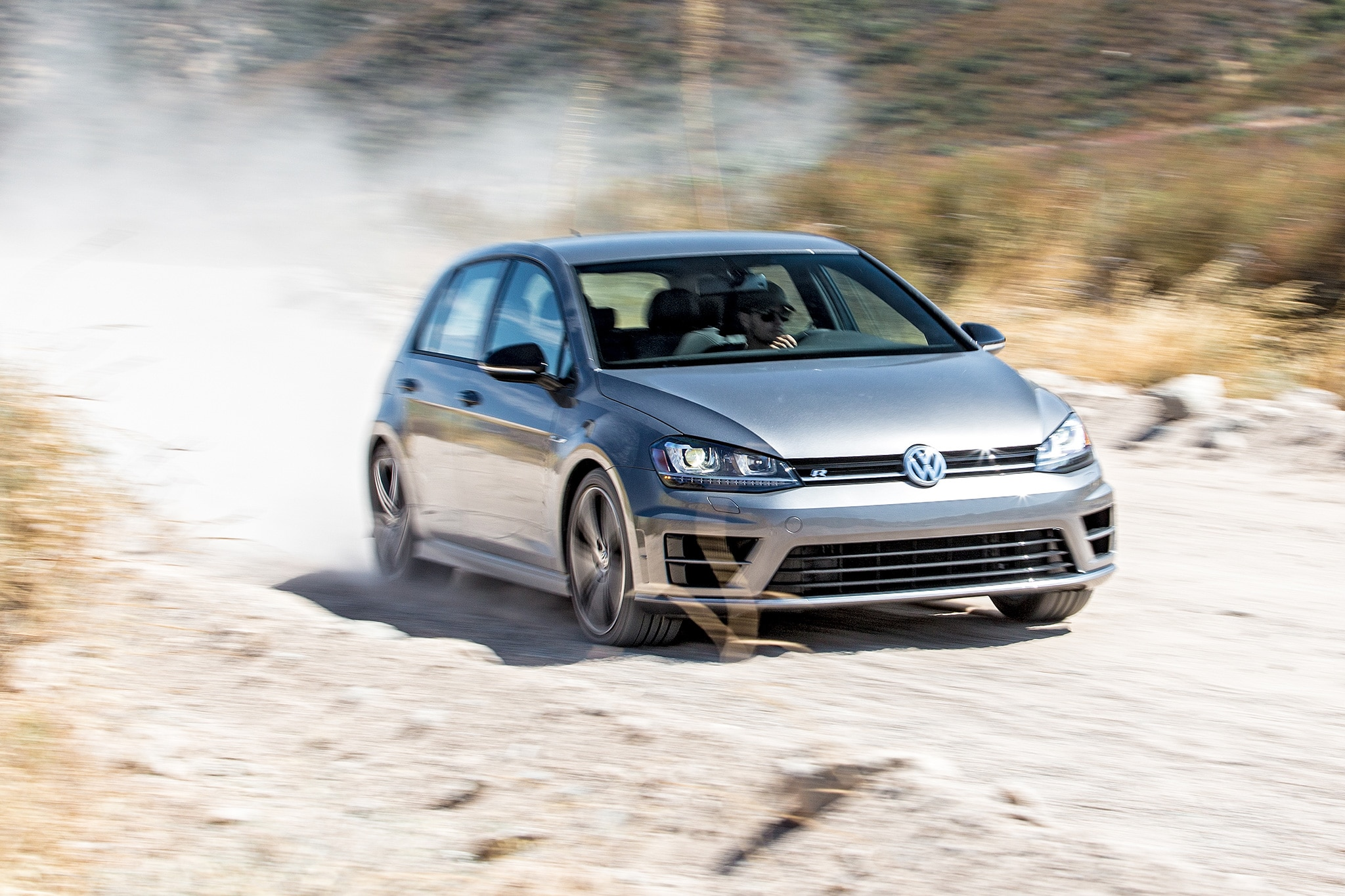2016 Volkswagen Golf R Front Three Quarter In Motion 06