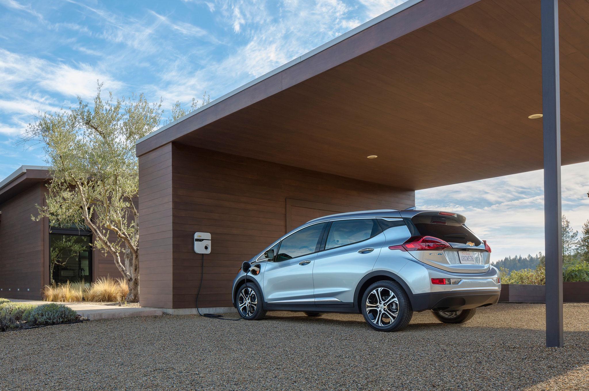 2017 Chevrolet Bolt EV 10