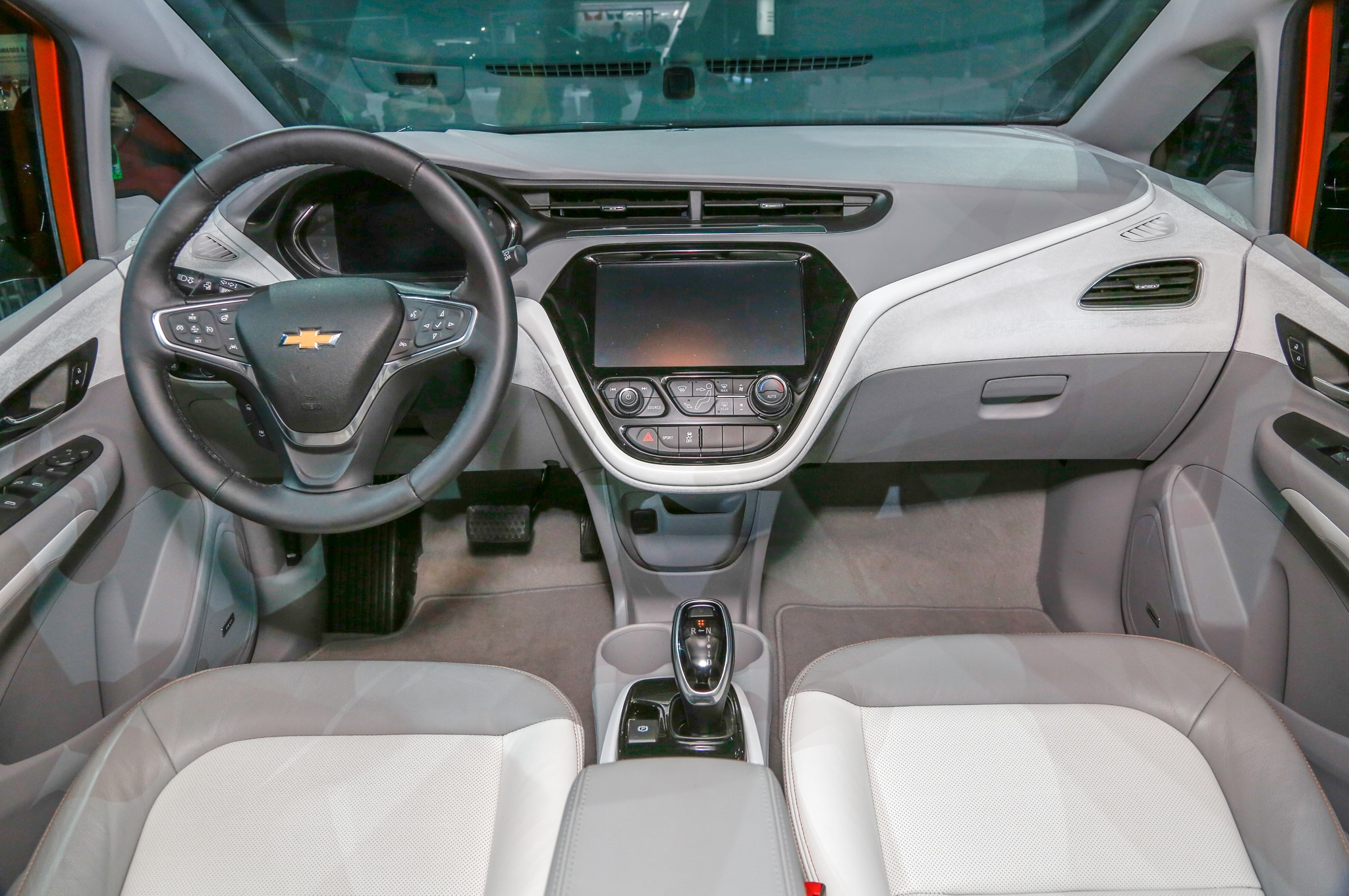 2017 Chevrolet Bolt EV Interior1