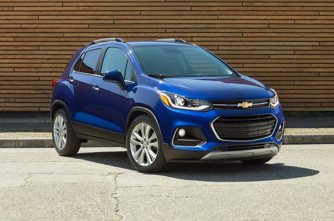 2017 Chevrolet Trax front three quarter