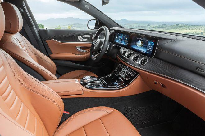 2017 Mercedes Benz E400 4Matic wagon cabin