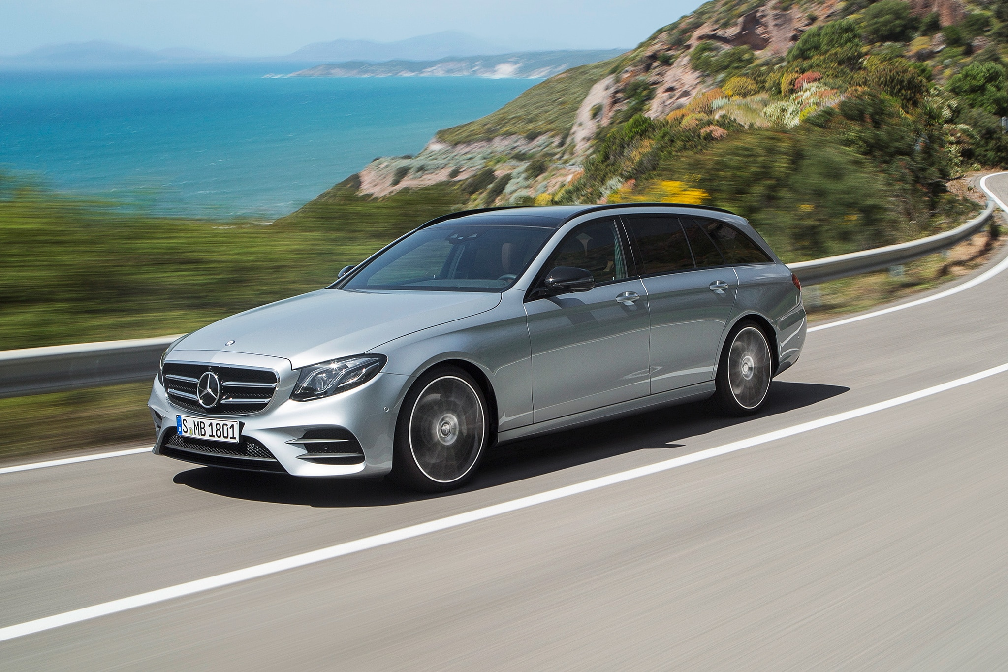First drive 2017 mercedes benz e400 4matic wagon for Mercedes benz wagons