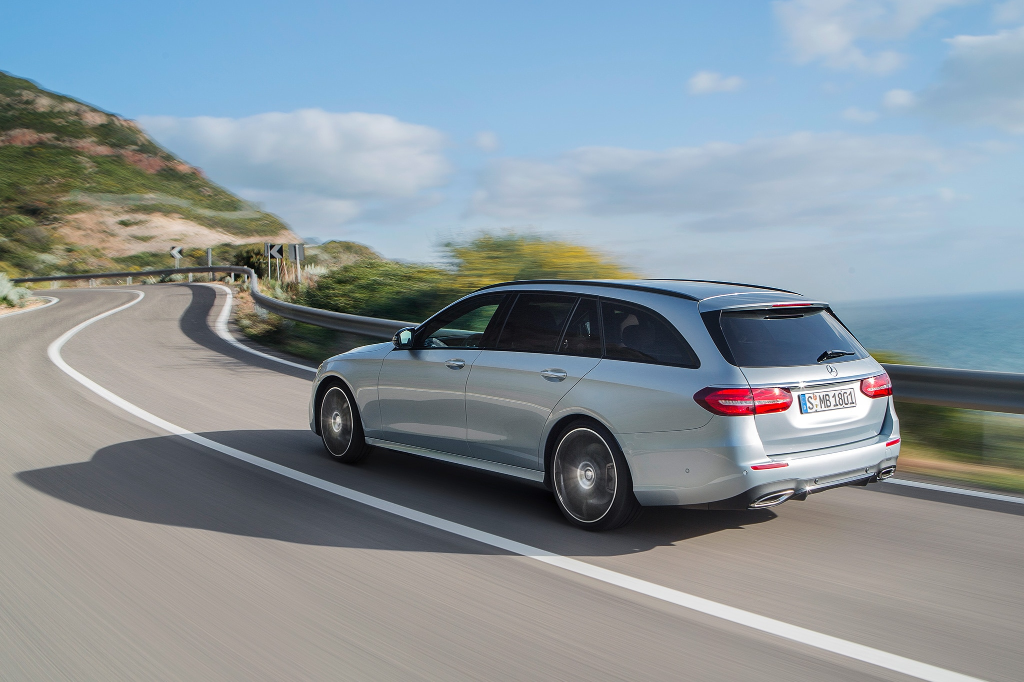 First drive 2017 mercedes benz e400 4matic wagon for Mercedes benz wagon for sale